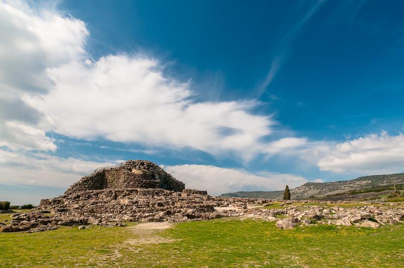 Il Complesso nuragico Su Nuraxi di Barumini (Medio Campidano), uno dei più importanti della Sardegna ed eletto patrimonio mondiale dell'umanità dall'Unesco.