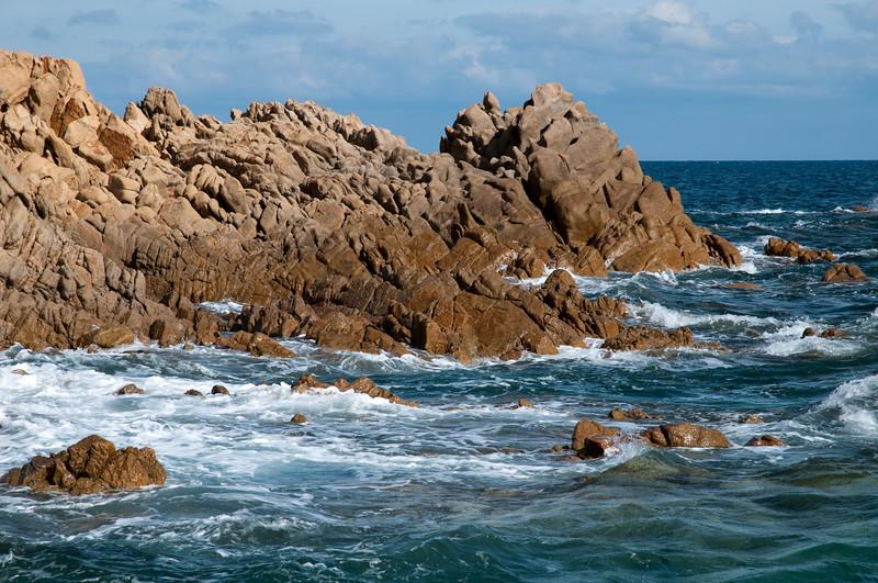 Sardinia, Italy:  cliff of Capo Comino bay, near Siniscola - Sardegna, scogliera di Capo Comino, nei pressi di Siniscola