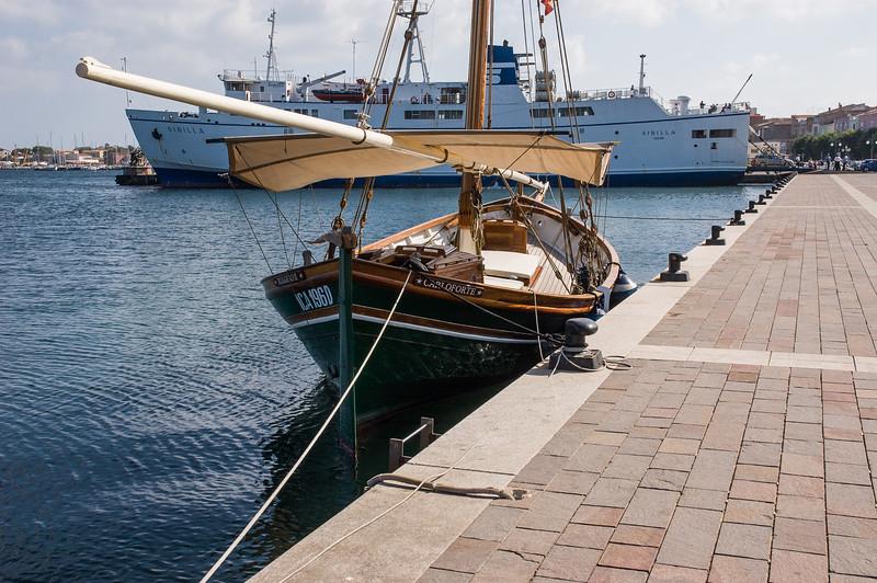 The harbour of Carloforte, San Pietro Island. Carloforte: il porto.