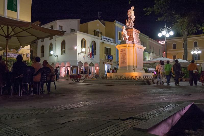 Nightlife in Carloforte. Carloforte: vita notturna