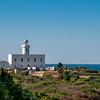 Costa Smeralda: il faro di Capo Ferro, vicino a Porto Cervo