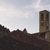 Aggius: Centro storico, campanile della chiesa di Santa Maria Vittoria.