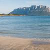 Sardinia, Italy: Porto Istana beach and Tavolara island. - Sardegna, La spiaggia di Porto Istana, nei pressi di Olbia. Sullo sfondo, l'isola di Tavolara.