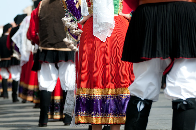 Sardinia, Italy: Sassari, traditional sardinian dresses during the Cavalcata Sarda Festival. - Sardegna, Cavalcata Sarda di Sassari: sfilata dei costumi tradizionali della Sardegna