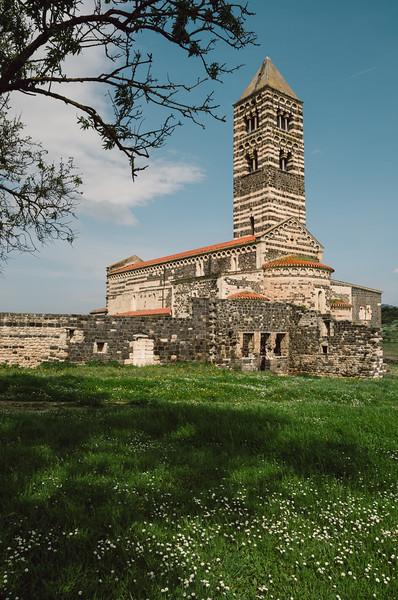 Sardinia, Italy: Saccargia Church, near Codrongianos, Sassari region - Sardegna: Chiesa (Basilica) di Saccargia, nei pressi di Codrongianos, Sassari