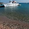 Isola di Tavolara: barconi che traghettano i turisti dall'isola a Porto San Paolo e viceversa