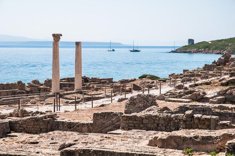 Penisola del Sinis: Complesso archeologico di Tharros - Le Colonne