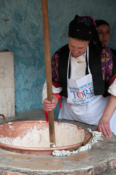 Making of sardinian nougat. Preparazione artigianale del torrone di Tonara.