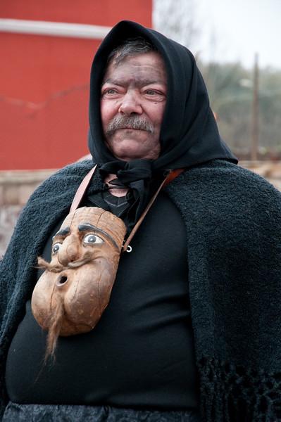Sardinia, Italy: traditional carnival masks - Maschere tradizionali della Sardegna: Su Harrasehare Lodinesu, Lodine