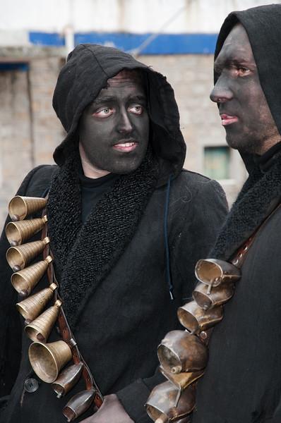 Sardinia, Italy: traditional carnival masks - Maschere tradizionali della Sardegna: Urthos e Buttudos di Fonni