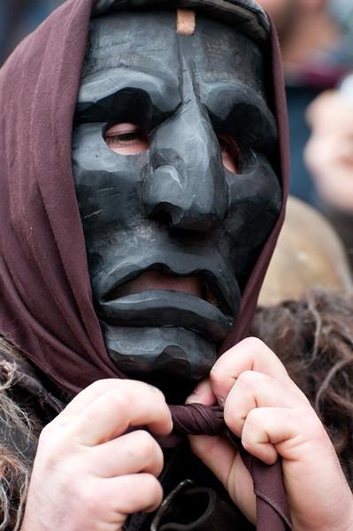 Sardinian traditional masks and dress: Mamuthones of Mamoiada - (ITA) Maschere tradizionali della Sardegna: Mamuthones di Mamoiada