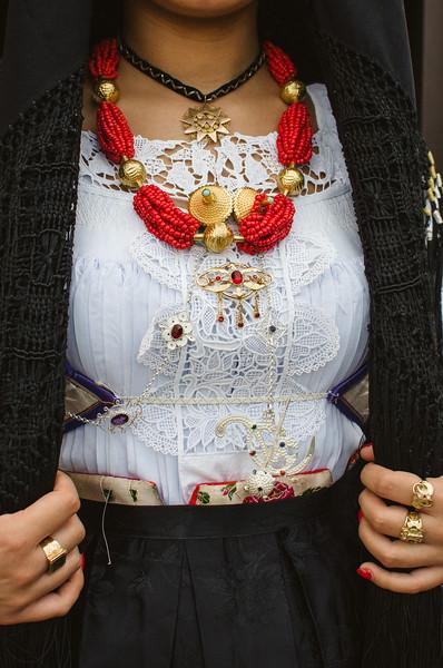 Oliena (NU), Italy, 15.09.2013. Cortes Apertas. Dettaglio del costume di Oliena.
