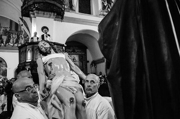 Settimana Santa: Olbia, S'Iscravamentu