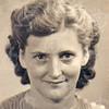 Almekinders, Jacoba Johanna<br /> Geboren: Ermelo 14-06-1902<br /> Dochter van: Cornelis Boudewijn en Maria Stip<br /> Gehuwd: ???? na 1940 met Henricus Johannes (Harry) Arentshorst (Kampen 06-05-1882) – (Sassenheim 18-02-1958), begraven te Oegstgeest 21-02-1958<br /> Overleden: ???? 10-11-1985, begraven te Sassenheim<br /> Beroep: <br /> Beschrijving: <br /> Bron: AEL<br /> Refnr: F6143
