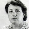 Almekinders, Jacoba Johanna<br /> Geboren: Ermelo 14-06-1902<br /> Dochter van: Cornelis Boudewijn en Maria Stip<br /> Gehuwd: met Henricus Johannes (Harry) Arentshorst (Kampen 06-05-1882) – (Sassenheim 18-02-1958)<br /> Overleden: 10-11-1985, begraven te Sassenheim<br /> Beroep: <br /> Beschrijving: <br /> Bron: GWSOS<br /> Refnr: F6142