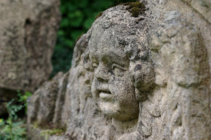 Stone angel, near profile