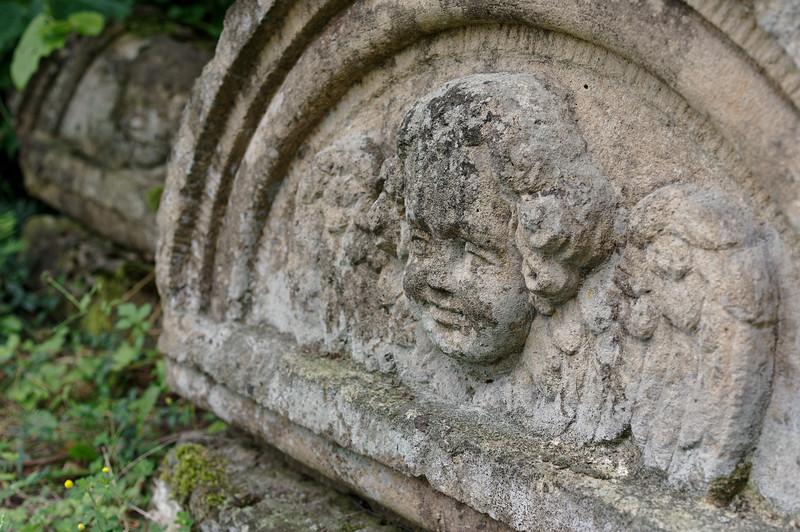 Stone angels, bokeh porn