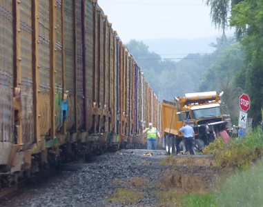 Train strikes dump truck in Saugerties; 'lucky' driver escapes injury