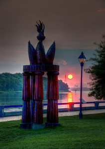 savannah-river-statue-sunrise