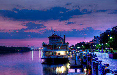 savannah-river-boat-sunrise