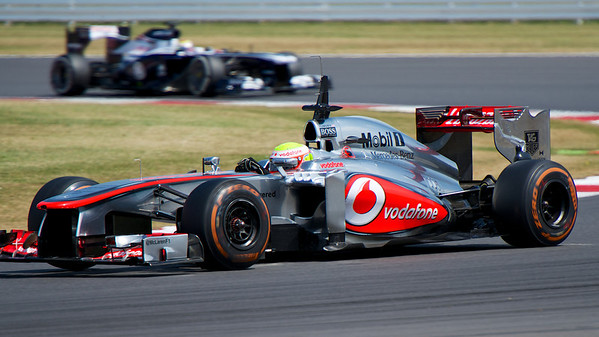 McLaren leading Williams