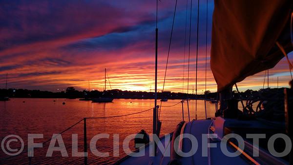 Sailing-185338948