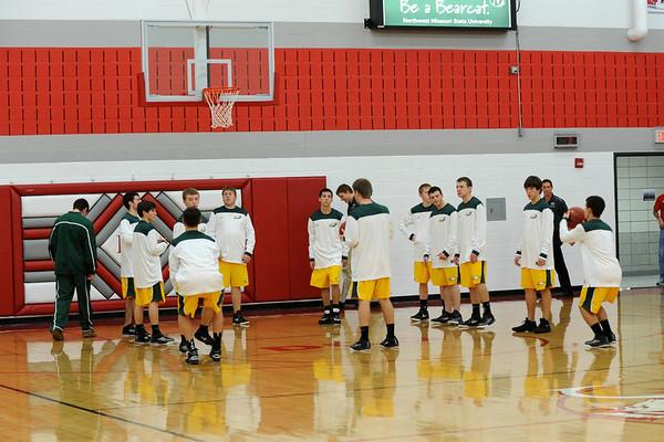 Boys Varsity Basketball @ DCG 2011 001