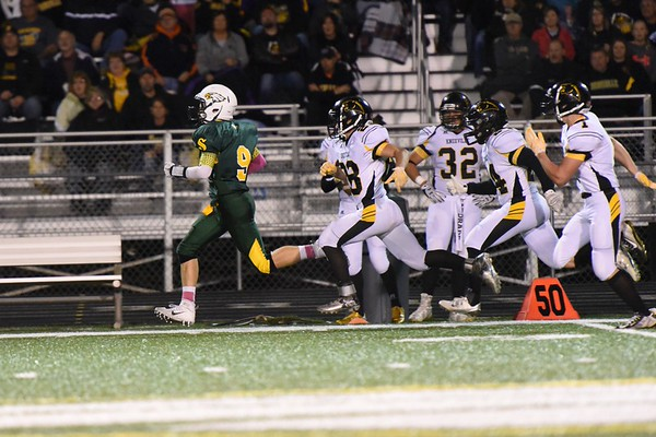 Saydel Varsity Football -  Knoxville 2015 121