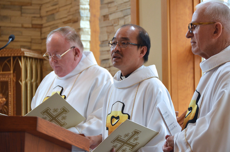 Fr. Quang, vice provincial superior, welcomes those gathered