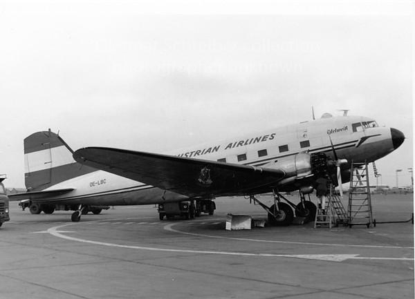 OE-LBC Douglas DC3 Austrian Airlines