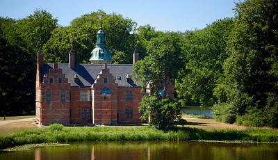 Frederiksborg Castle Park and Baroque Garden