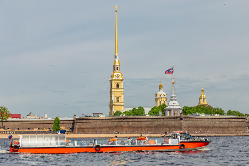 Russia-Saint Petersburg-Peter and Paul Fortress and Cathedral