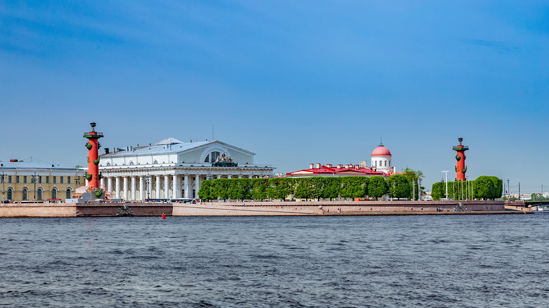 Russia-Saint Petersburg-ROSTRAL COLUMNS