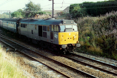 31 551 at Halton Junction on 25th August 1990