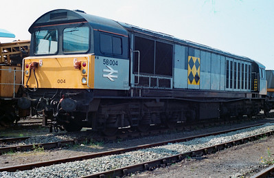 58 004 at Bescot Yard on 6th May 1990