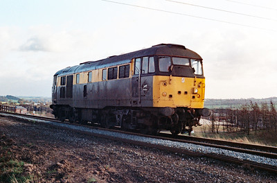 31 144 between Frodsham Junction and Halton Junction on 19th February 1993