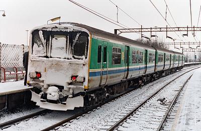 150 010 at Runcorn o n 27th January 1996