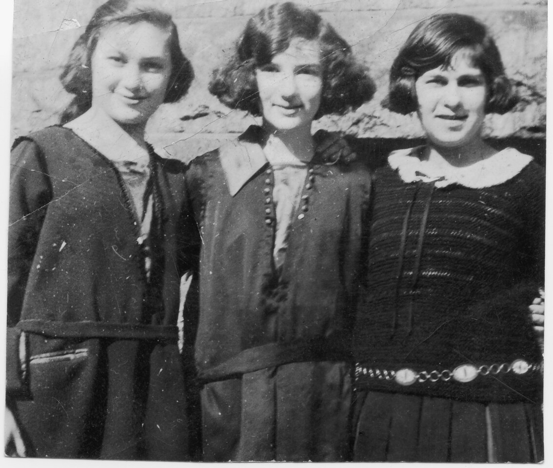 1920, Gussie, Rose, and Kate