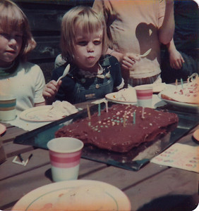 6th Birthday party inSeattle. I think the girl on my right is named Karen. How do I know that? I have no idea!