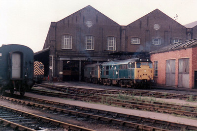 2 x Unidentified 31's sit outside Stratford Works  21/09/84.