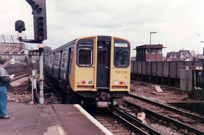 508038 departs Clapham Junction  21/09/84.