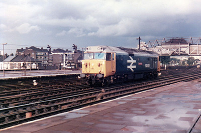 50001 'Dreadnought' approaches Clapham Junction  21/09/84.