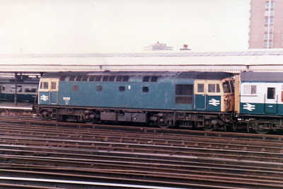 33116 on a push/pull working at Clapham Junction  21/09/84.
