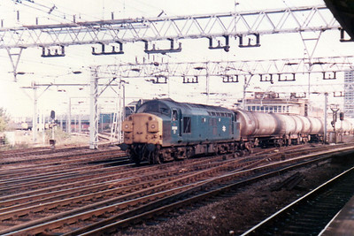 37050 passes Stratford on a tank working from Ripple Lane  21/09/84.