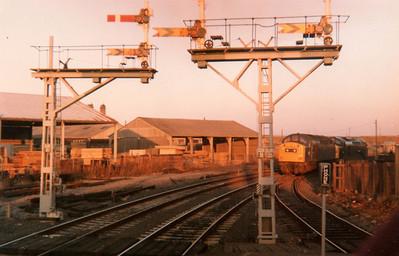 40181_D200 (40122) seen running round at Hartlepool