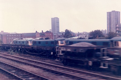 Class 82/83s awaiting a tow to Vic Berrys