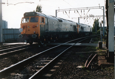 50007_D400 run round the stock again at Wolverhampton.