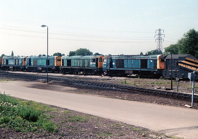 Passing Toton sees L-R 20007 20143 20099 20202