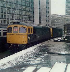 33 0XX at London Waterloo