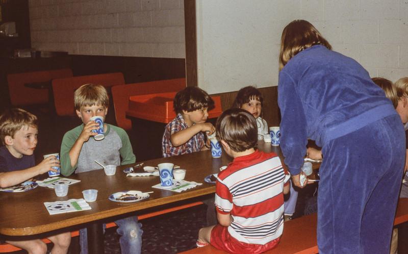 1985-05 Brian's birthday - 19